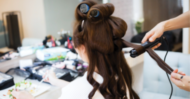 How to market your salon or spa during the holidays